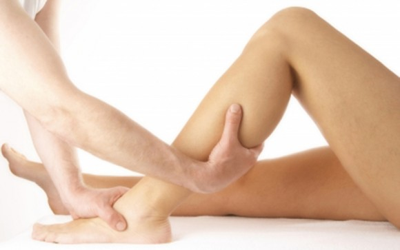 Lymph drainage massage for leg and foot pain, swelling or post-surgery